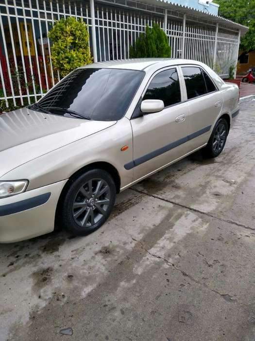 Mazda 626 2002 - 171000 km