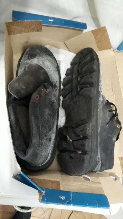 <strong>zapatos</strong> Punta de Acero