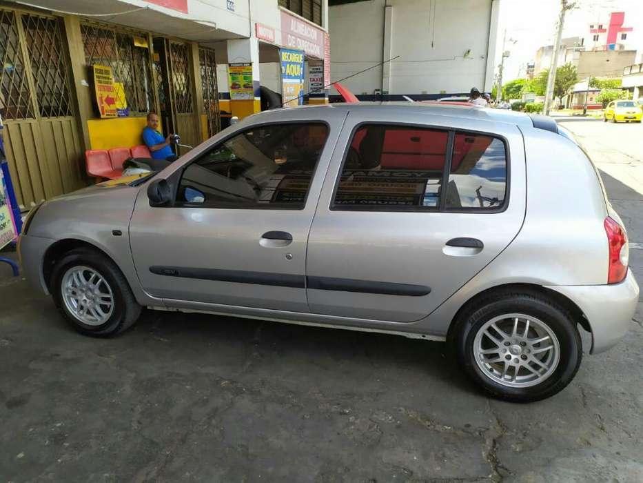 Renault Clio  2014 - 106000 km