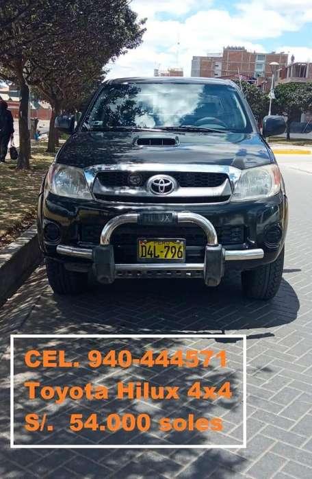 Toyota Hilux 2008 - 180000 km
