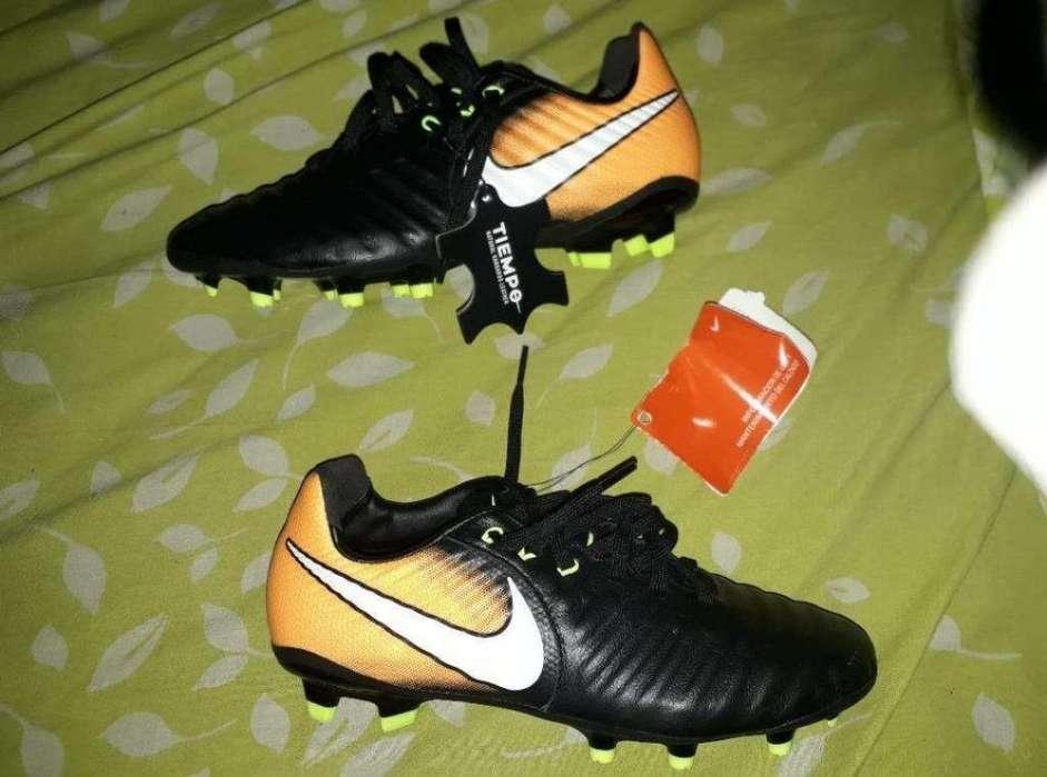 Nike Tiempo Talle 37