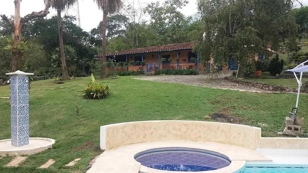 Venta casa finca copacabana sector zarzal