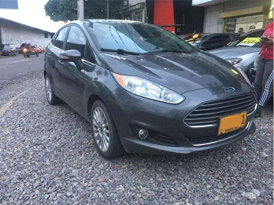 <strong>ford</strong> Fiesta  2015 - 24000 km