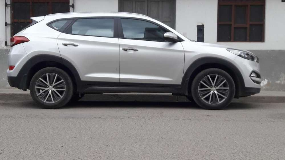 Hyundai All New Tucson 2015 - 25000 km