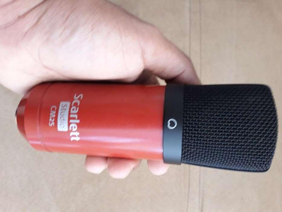 Micrófono de Condensador Scarlett Cm25