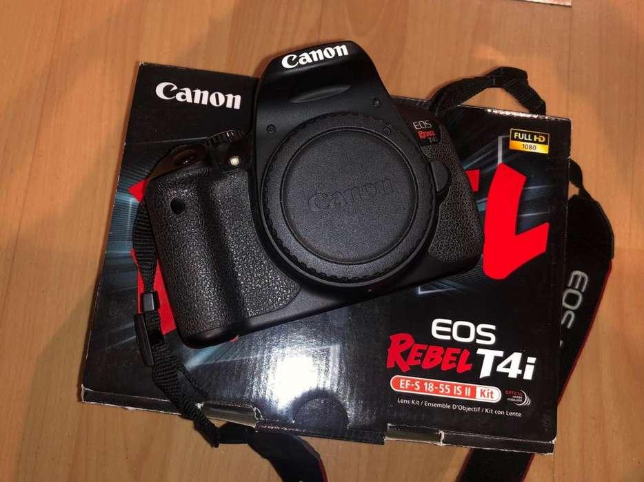 Canon T4i SOLO CUERPO