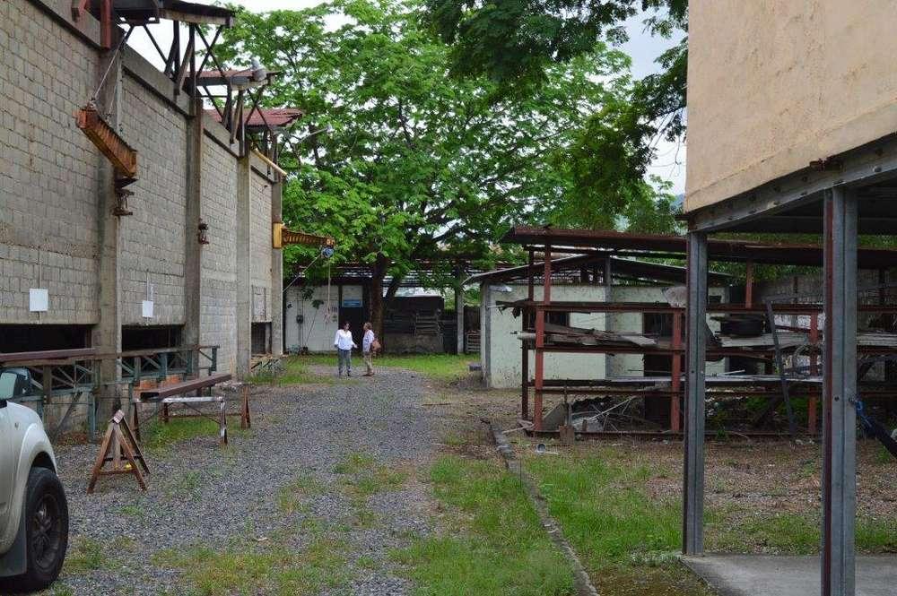 Venta de Galpón Industrial Km 16.5 Vía a Daule