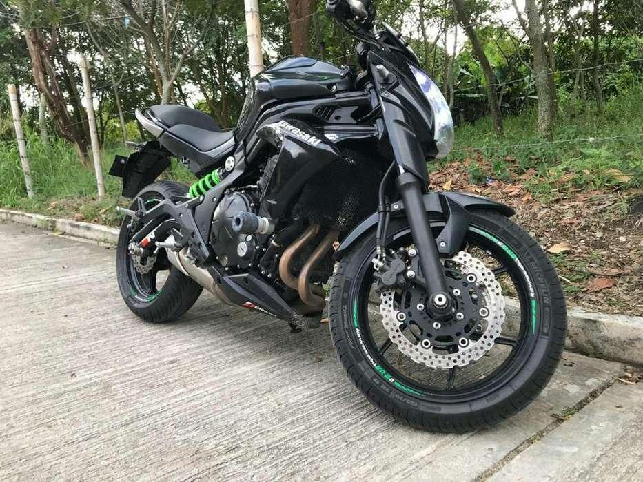Moto <strong>kawasaki</strong> 650
