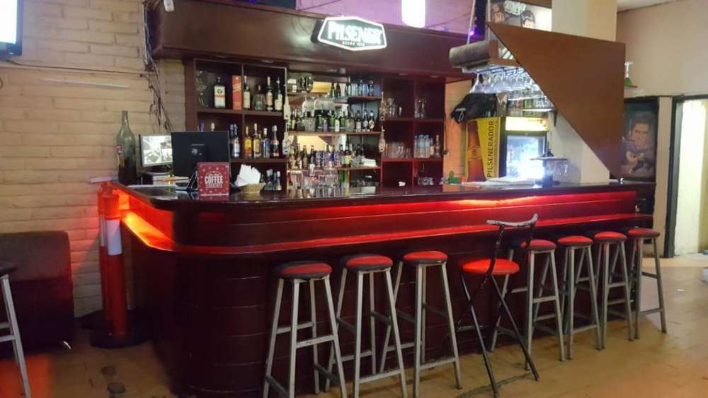 Vendo Bar Karaoke Restaurant 0995699604
