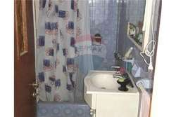 Venta Casa 2 dormitorios A reciclar. 2 cocheras