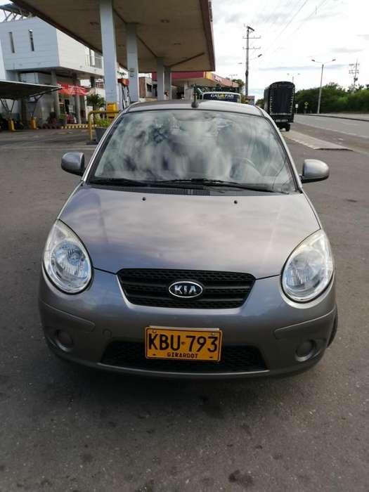 Kia Picanto 2011 - 85300 km