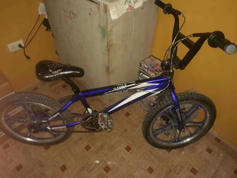 Hermosa <strong>bicicleta</strong>