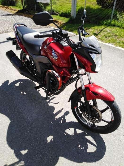 Vendo hermosa Honda invicta 150