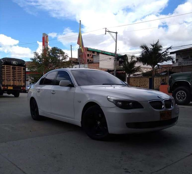 BMW Série 5 2008 - 100000 km