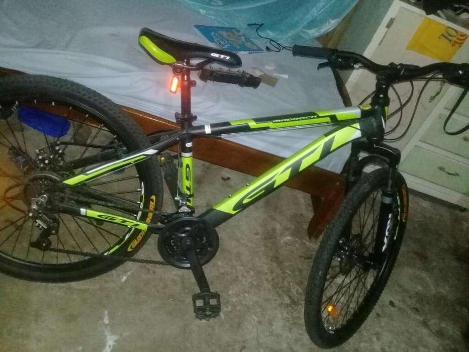 Vendo O Cambio Bicicletaaro 26 a 220