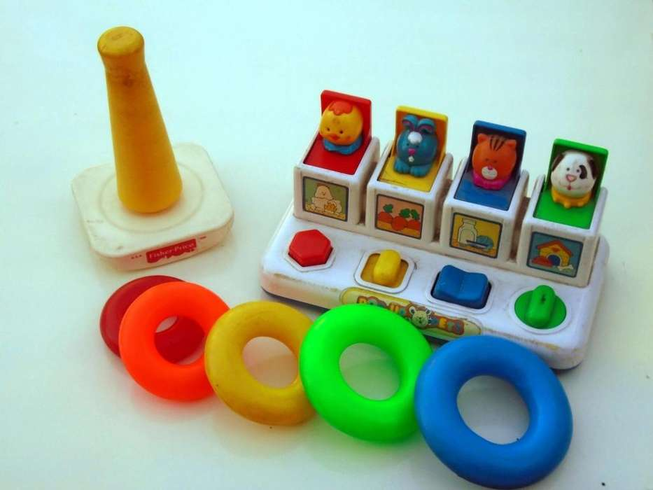 <strong>juguetes</strong> Para Bebés FISHER PRICE ROCKASTACK Más SHELCORE POPUP FARM