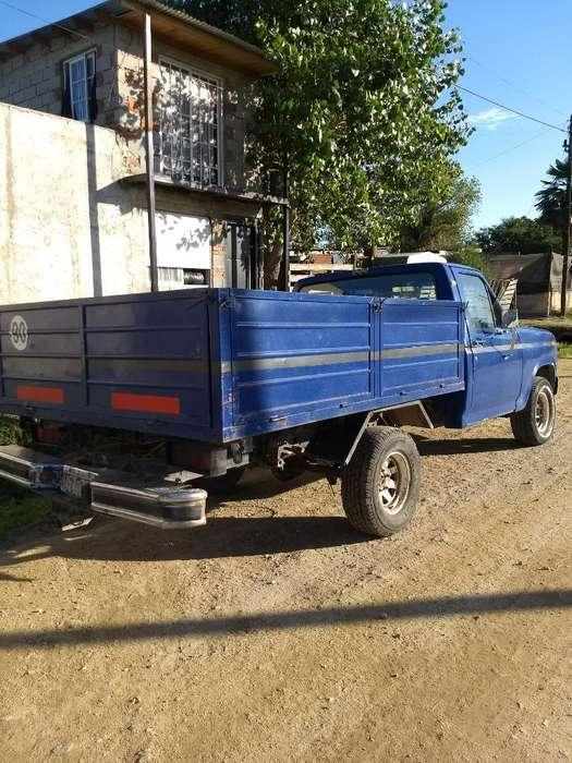 Vendo Permuto Ford F150 Ranger Modelo 82