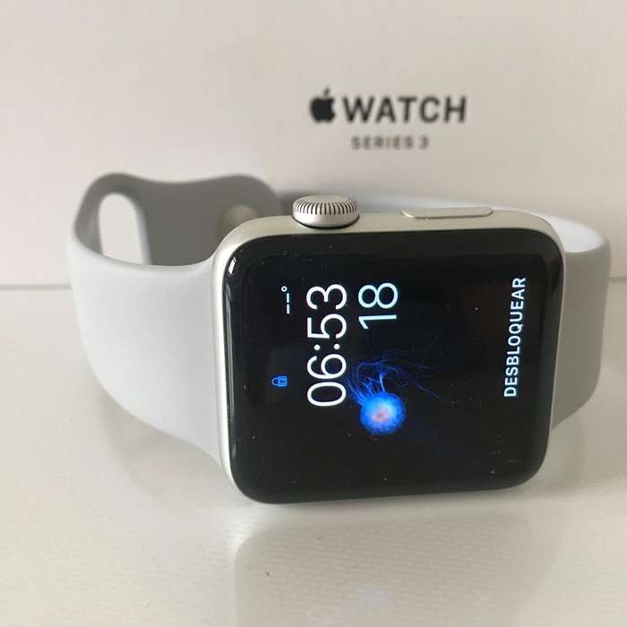 Vendo iWatch Series 3 38Mm con Caja