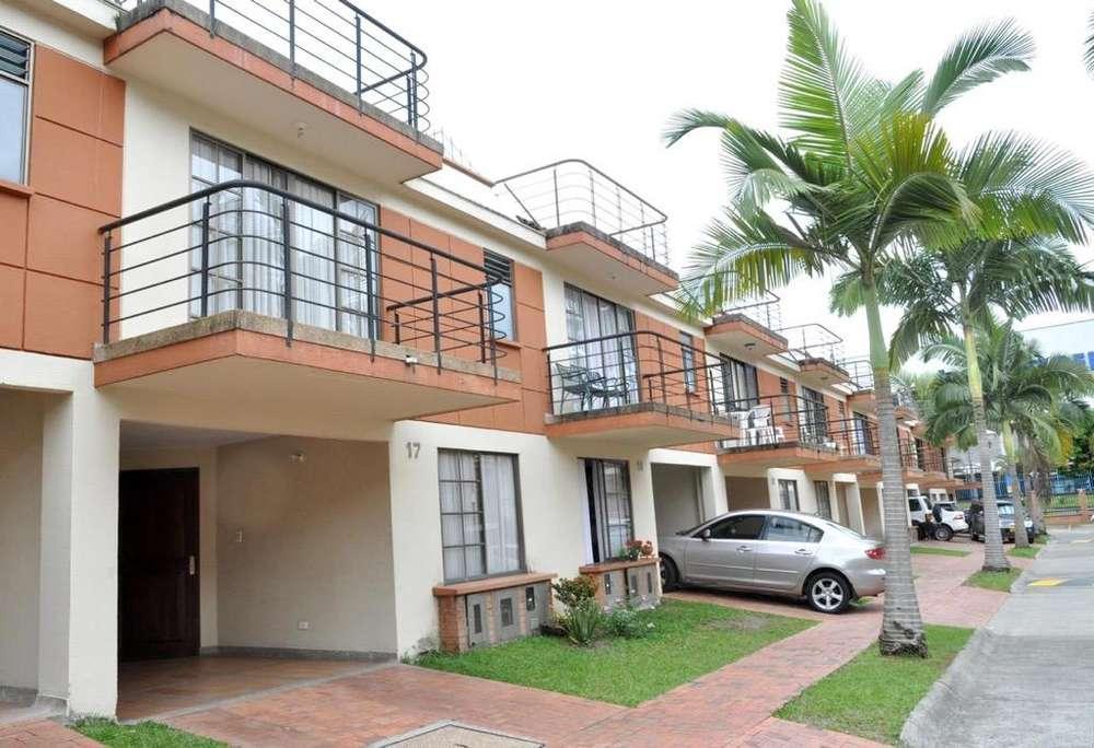 Venta Casa Villas Del Jardin 5 Habitacio