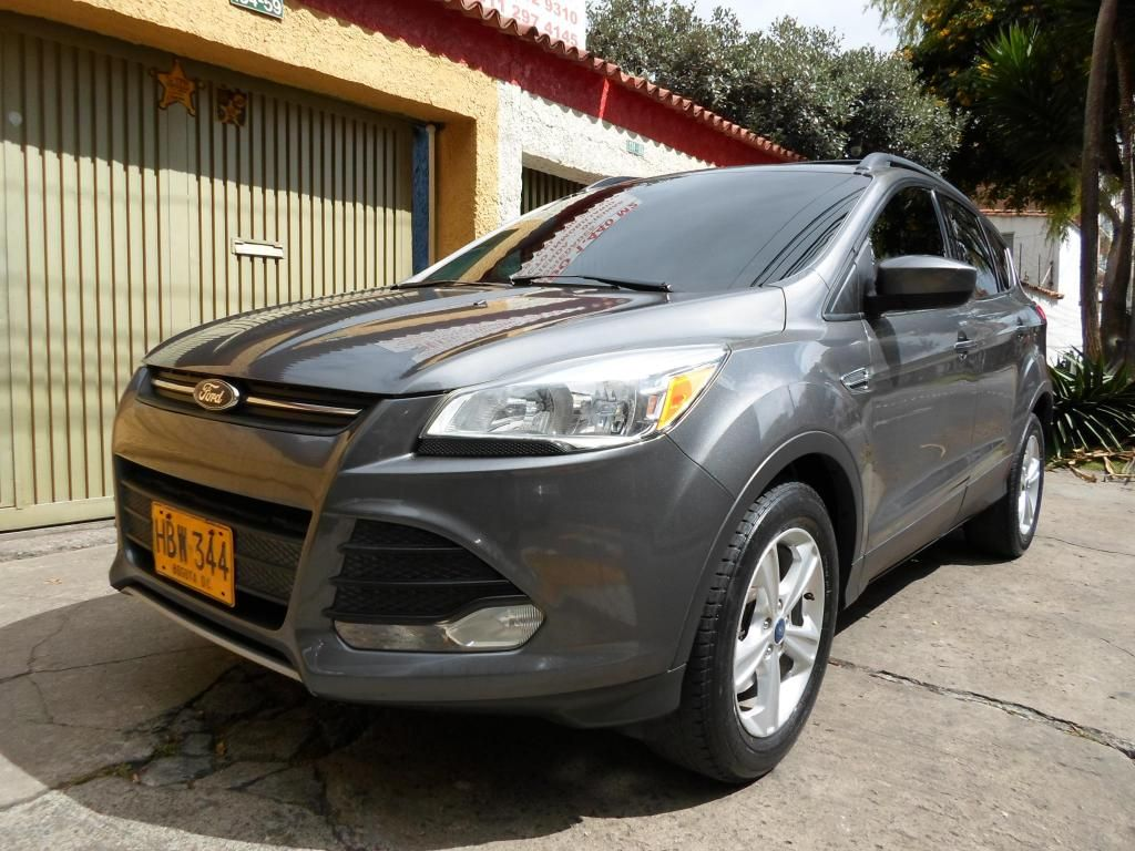 FORD ESCAPE SE 2013 SECUENCIAL 4X4 DOBLE TECHO
