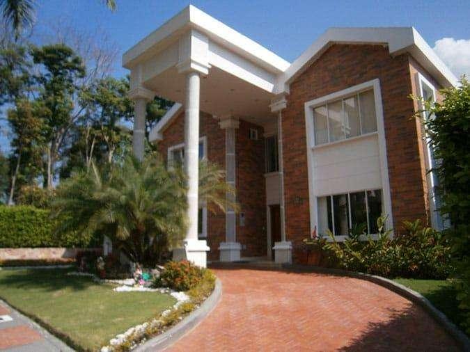 Casa Hermosa en Condominio vía Bucaramanga Piedecuesta.