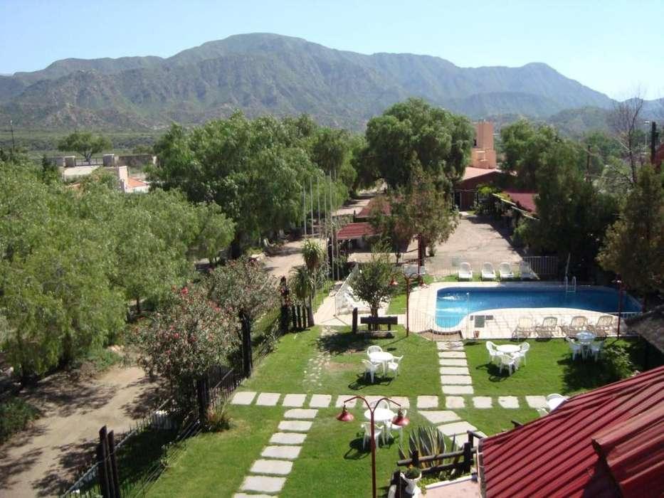 ow42 - Hotel para 1 a 4 personas con pileta y cochera en El Challao