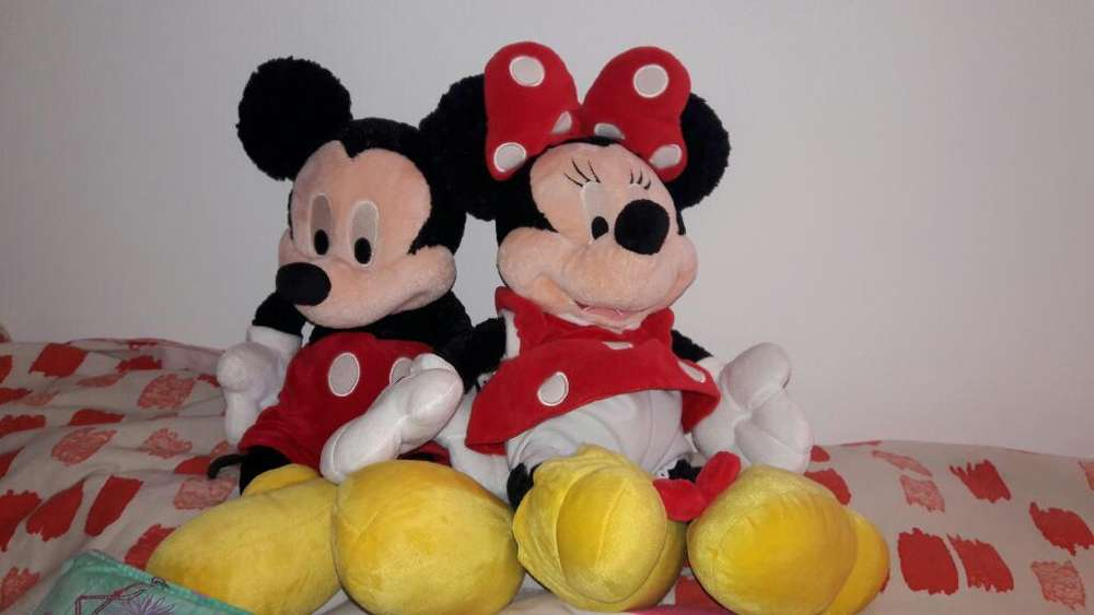 Peluches Muñecos Mickey Y Minnie