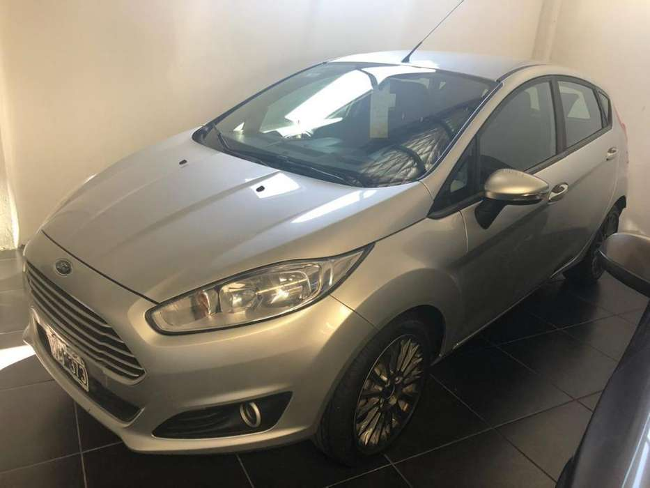 Ford Fiesta  2014 - 68000 km