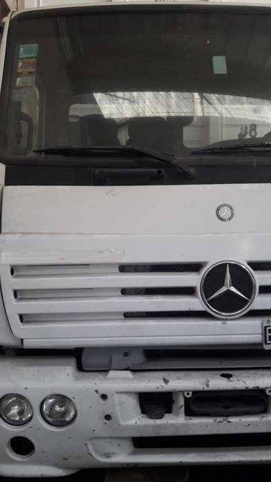 Mercedes Benz 1720 2003 con faltantes