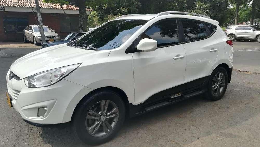 Hyundai Tucson ix-35 2012 - 90000 km