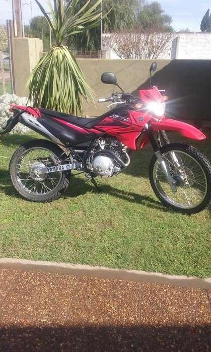 Moto <strong>yamaha</strong> XTZ 125