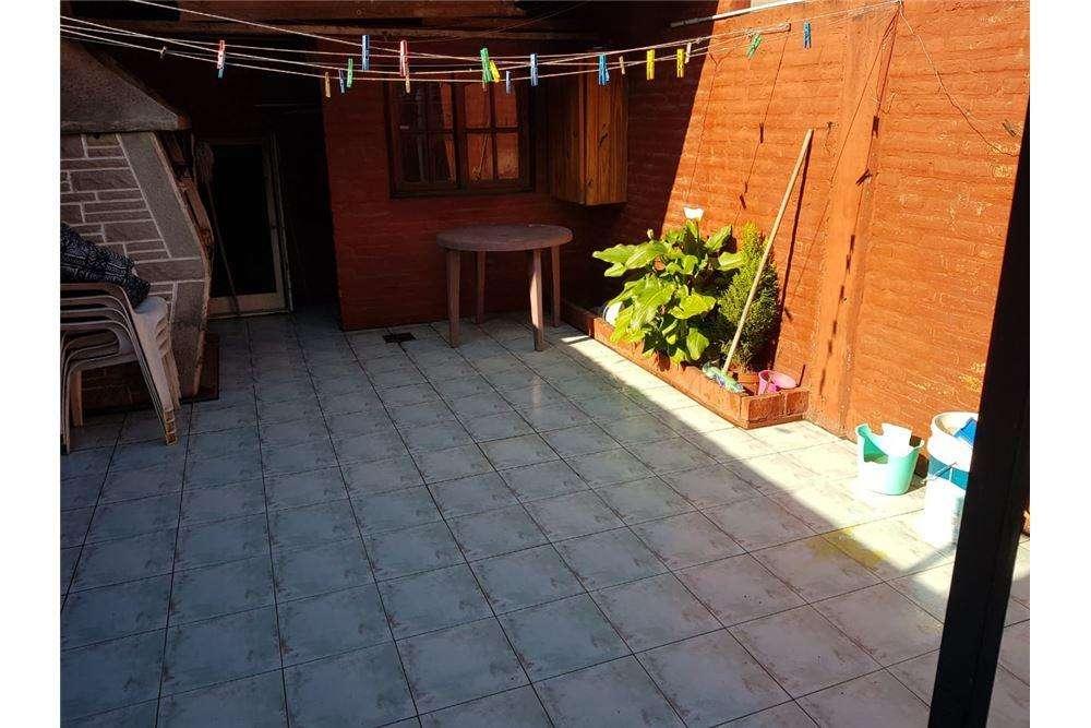 Duplex Tipo Casa en venta 5 ambientes Ciudad Evita