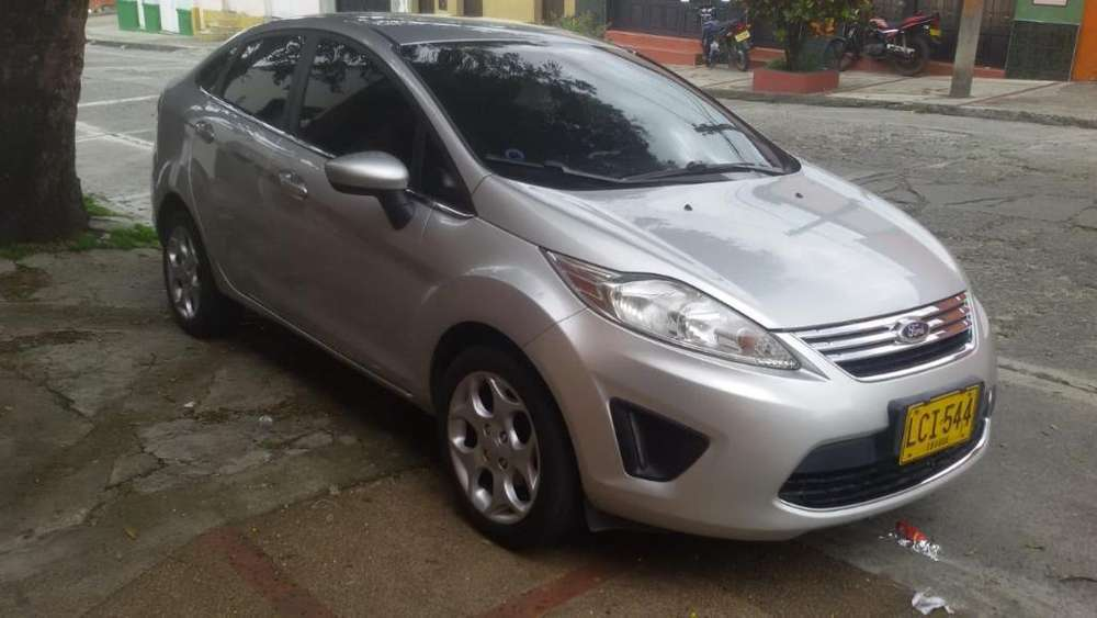 <strong>ford</strong> Fiesta  2011 - 130000 km