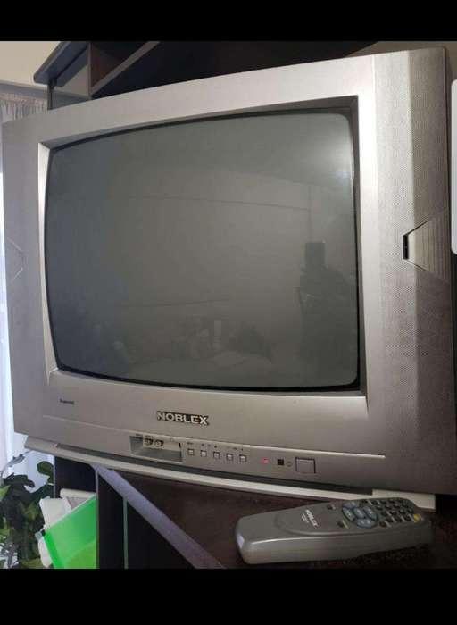 <strong>televisor</strong> Noblex 21'' con Control Remoto