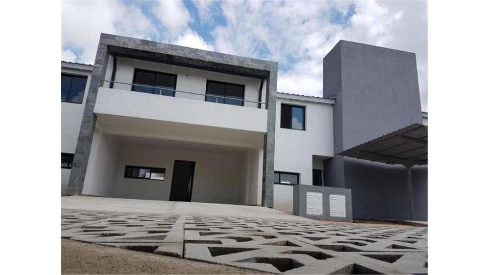 Igualdad 5900 - UD 170.000 - Casa en Venta