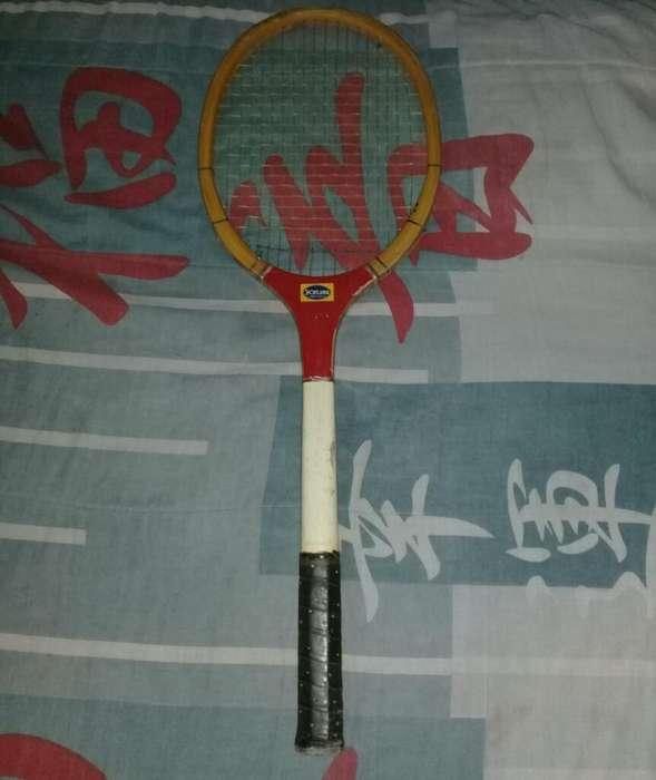 Raqueta de Tenis Usada