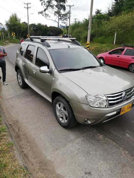 Renault Duster 2014 - 70000 km