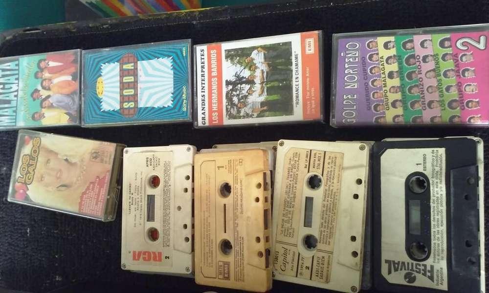 pack de casettes musicales varios