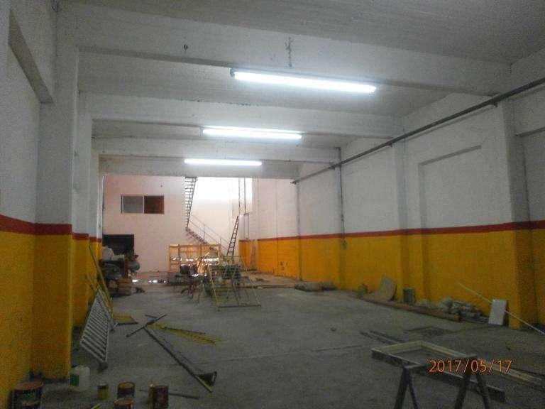 Galpon 300 m2