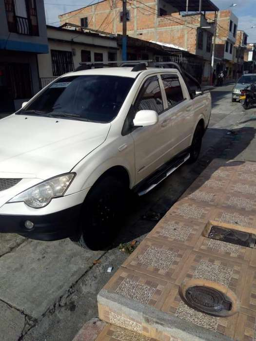 Ssangyong Actyon 2009 - 175000 km