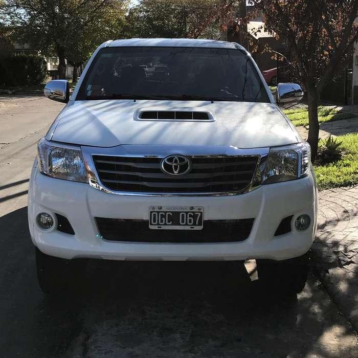 Toyota Hilux 2014 - 84000 km