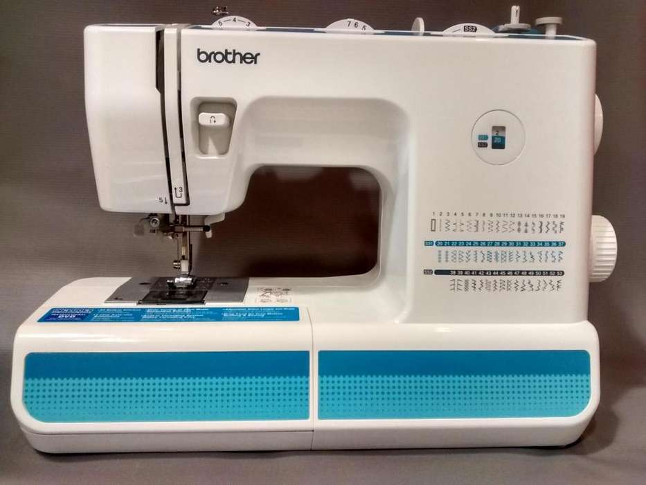 Máquina de coser semiindustrial modelo XL5900 marca BROTHER