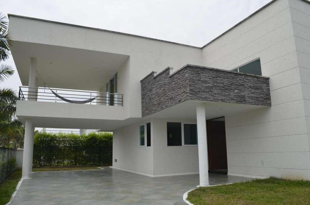 Se vende Casa Campestre, en Villavicencio - wasi_192139 - profiraiz