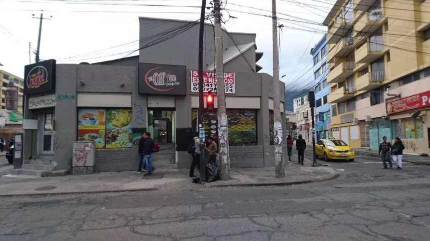 Locales Comerciales de venta en 10 Agosto Altura de Colon - Centro Norte de Quito
