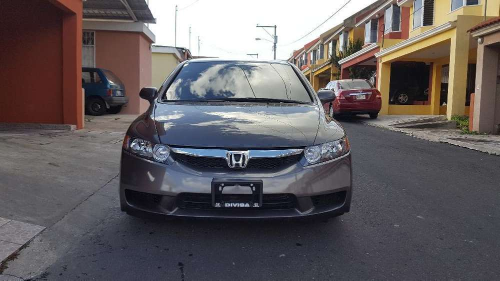 Honda Civic 2010 - 73000 km