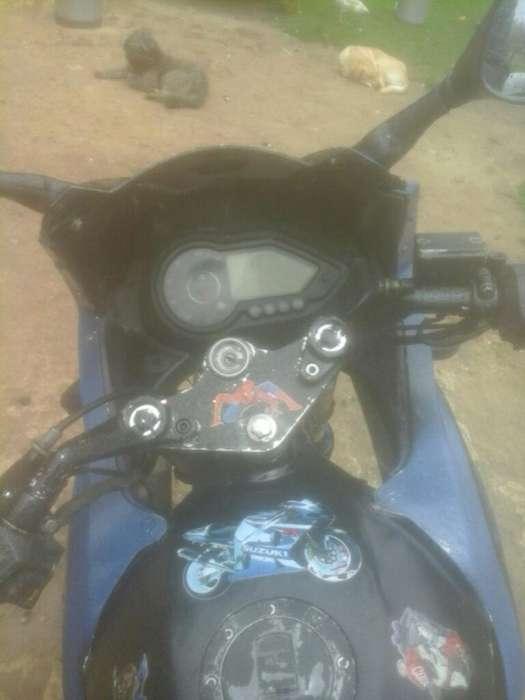 Bendo Moto Um 180 Modelo 2011 Solo Cara