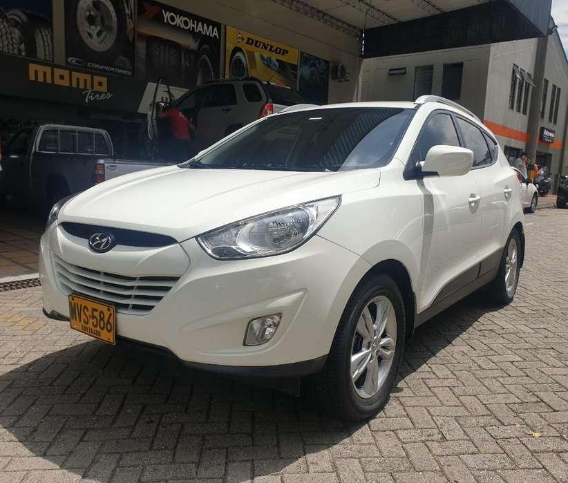 Hyundai Tucson ix-35 2013 - 88800 km