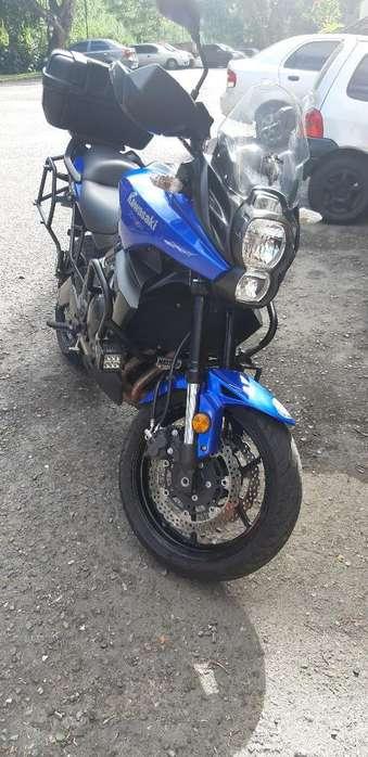 Vendo Moto <strong>kawasaki</strong> Versys 650
