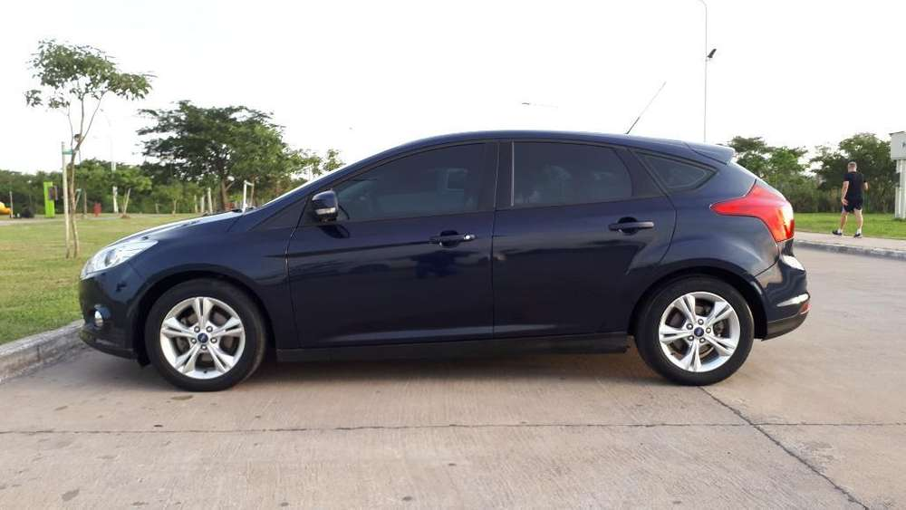 Ford Focus 2014 - 48000 km