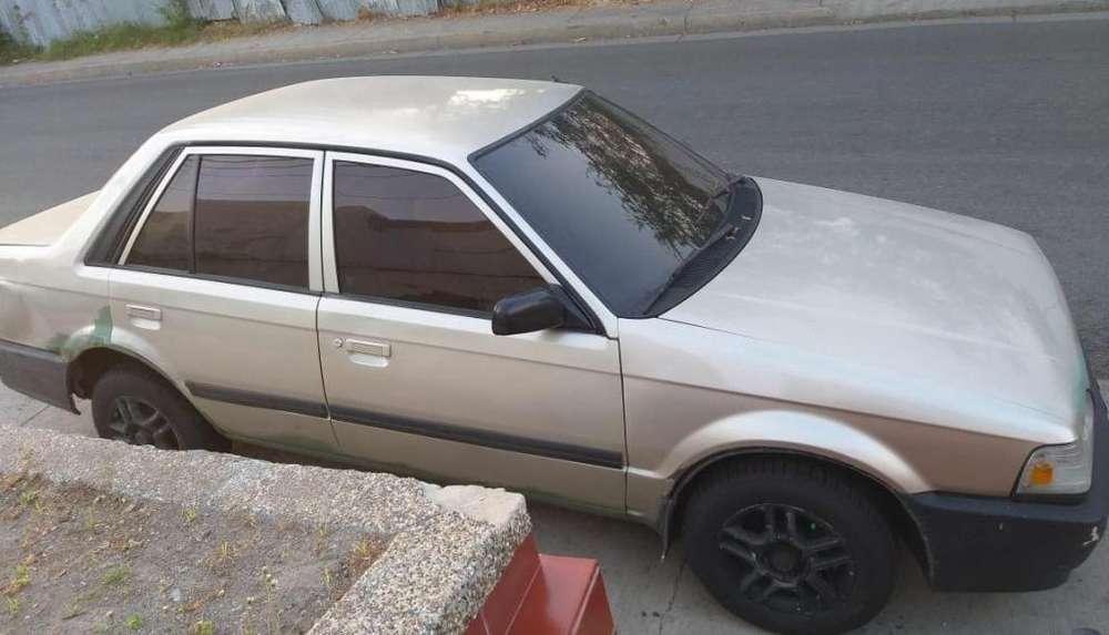 Mazda 323 1997 - 200000 km